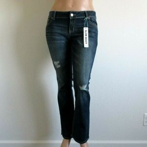Maurices Jeans SLIM BOOT Destructed Size 11/12 NWT